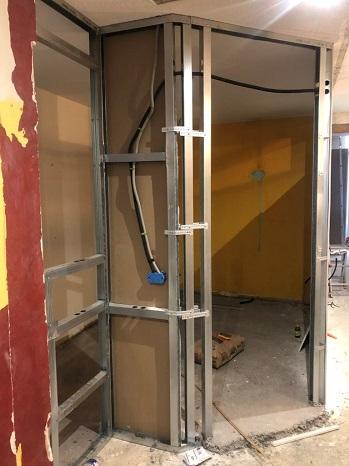 Rail-cloison-vitre-atelier-renovation-appartement