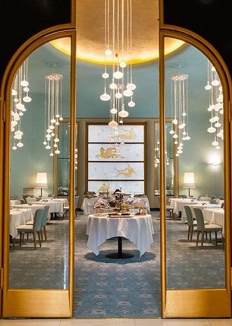 bleu-décoration-restaurant-mur