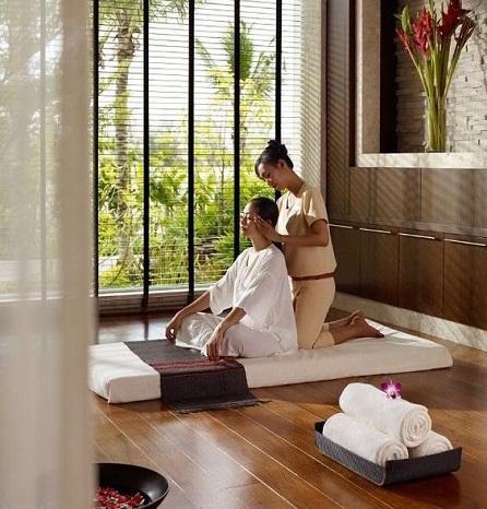 décoration-salle-de-massage-bois