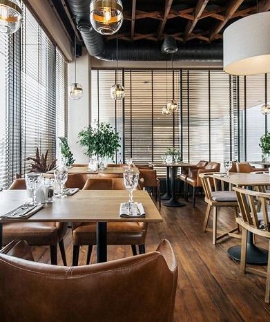chaise-accoudoir-mobilier-restaurant