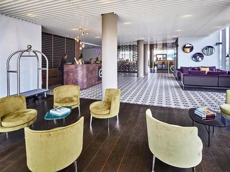 lobby-hotel-gare-amenagement